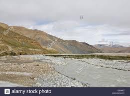 Barren mountain landscape near the Rongbuk Monastery, Himalayas Stock Photo  - Alamy