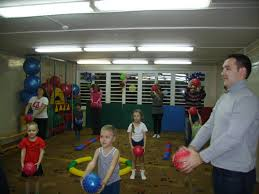 Здоровый ребенок в здоровой семье Семья это основное звено где формируются полезные привычки и отвергаются вредные Первые впечатления у ребенка связанные с выполнением определенного