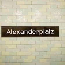 Hd ss 1 eps 14. Streit An Berliner Alexanderplatz Wieder Ein Mann Die Treppe Getreten Focus Online