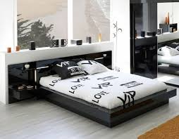 Small Picture 35 Affordable Black and White Bedroom Ideas DecorationY