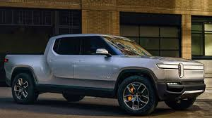 Rivian R1T EV Pickup Truck specs are HERE!!! - YouTube