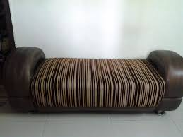 Old Sofa 2 Yr Old Sofa Set 3 2 2 Couch At Very Less Price Gurgaon
