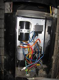 ac condensor unit not starting with thermostat doityourself com goodman ac unit thermostat wiring i attached a picture of the setup