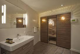 Badezimmer Mit Sauna Und Whirlpool   cabiralan.com