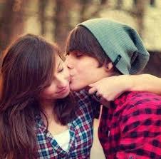 romantic love couple kiss profile picture for whatsapp facebook
