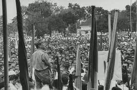 Colonel Ahmad Husein addressing students at demonstration in protest  against Djaharta government in Padang. 1958 | Gambar