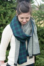 free sewing pattern for diy oversized winter wool scarf with fringe looks so