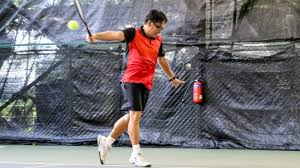 Djokovic hits with excellent pace, and on his better days, his depth is so consistent, he gives opponents very few chances to attack. Coach Bo Alburo S 9 Tennis Tips To Your Best One Handed Backhand