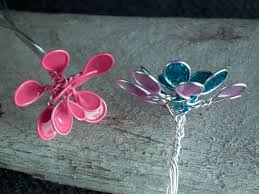 Create Beautiful Wire Nail Polish Flowers in 4 Simple Steps
