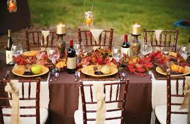 Tabletop Tuesday: Outdoor Thanksgiving Table Ideas | Decorating Files |  decoratingfiles.com #outdoorthanksgivingtableideas