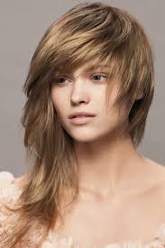 Polodlouhé Vlasy Střihy