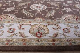 rug256 10 x 14 traditional indian cocoa brown and dark ivory hand tufted