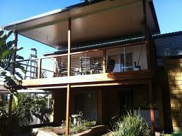 Luxury Deck Designs With Roofs That Suits Your Style Wallpaper