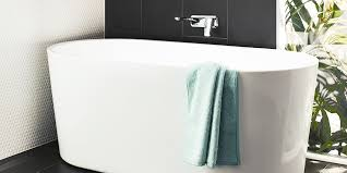 how to choose a bath for your bathroom