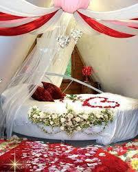 warm romantic bedroom decoration ideas