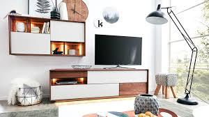 Interliving Esszimmer Serie 5602 Wohnwand Mit Beleuchtung Colorado Nussbaum Lichtgraue Lackoberflächen Zweiteilig B