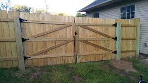 build wood fence cant claim credit for this install wood fence gate