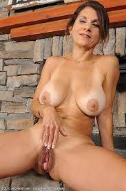 50 Year Old Naked Chinese