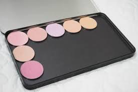 the z palette vs the makeup forever magnetic palette