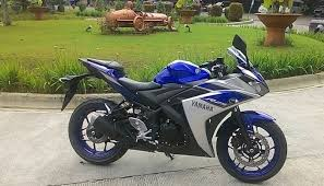 harga motor 250cc yamaha r25 abs terbaru indonesia