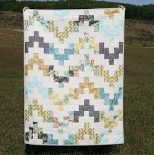 8 Lap Quilt Patterns for Cozy Lounging &  Adamdwight.com
