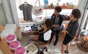 Hair Salon Teaches Dominicans To Love Their Curls Al