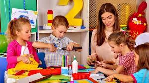 Nursery Teacher How To Teach According To The Rules Of Nursery Teaching