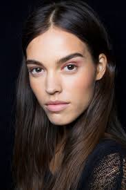 Beauty Tricks to Try When You Wake Up With Puffy Eyes   StyleCaster