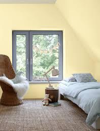 Wohnzimmer Mit Dachschräge Ideen Youtube Avec Wände Tapezieren Beim