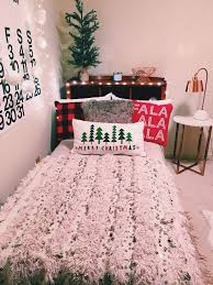 3 easy dorm decorating ideas for the winter holidays winter