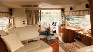 3 Zimmer Lounge Ausfahrbarer Tv So Luxuriös Ist Die Grösste Yacht
