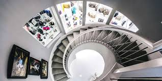 houston area entrepreneur and fundraiser theresa roemer put her three story closet in at a