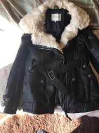 river island jacket with cream fauk fur collar size 10 never worn