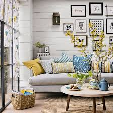 living rooms - horizontal boards (or faux boards) on the wall from floor to  ceiling, natural fibers, simple thematic art, brief, repeating color  pallet: ...