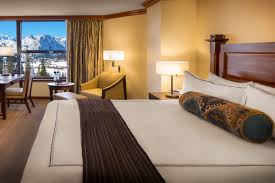 Tahoe Lodging | Resort At Squaw Creek - Deluxe Rooms | Lodging Squaw Valley