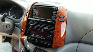 How to Remove Radio / Navigation / E7006 from Toyota Sienna 2006 ...