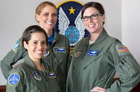 All-woman crew staffs KC-135 refueling flight from McConnell | The Wichita  Eagle