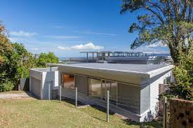 Cornwall Park House - renovation of a 50's flat roof bungalow (11)
