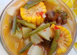 Sayur asem menjadi salah satu hidangan berkuah yang dikombinasikan dengan aneka jenis sayur serta kuah segar dari asam jawa dan belimbing wuluh. 630 Sayur Berkuah Dan Tumis Ideas In 2021 Indonesian Food Food Recipes