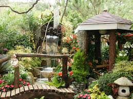 Small Picture stunning tropical gardens home decorating design with waterfall