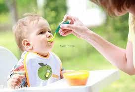 Cách chọn thực đơn, các món ăn dặm cho trẻ 6 tháng tuổi chuẩn nhất