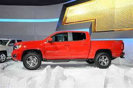 Chevrolet reinvents Colorado midsize pickup truck for 2015 | Kelley ...