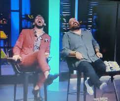 """MasterChef stüdyosunda kahkaha dolu anlar! Mehmet Yalçınkaya'dan olay  yorum! """"Oğlum sen kamera şakası mısın"""""""