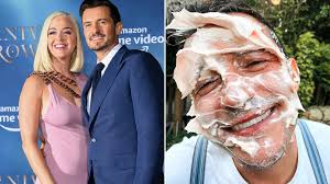 Unless it is legit katy perry topless, in that case i'm willing to take the scorn of my fellow commuters. Katy Perry Reveals She S Having Baby Girl With Orlando Bloom Metro News
