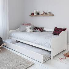 Hove Day Bed in White