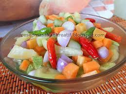 Anda juga bisa menambahkan potongan nanas yang tentunya akan menambah cita rasa asam manisnya. Resep Acar Timun Mentah Wortel Dan Nanas Menu Penting Idul Adha Aneka Resep Masakan Sederhana Kreatif