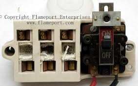 gec metal 3 way fusebox ceramic inner from old gec 3 way fusebox