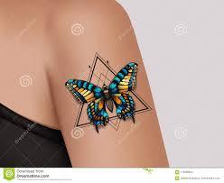 декоративная татуировка на женской руке мистическая татуировка