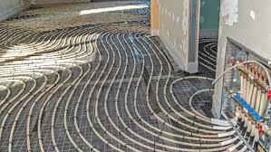 Die nutzschicht ist die oberste schicht des fußbodens, die einer vielseitigen abnutzenden beanspruchung unterliegt. Kosten Fur Fussbodenheizung Was Ist Ein Fairer Preis