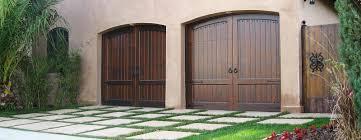 Garage Door wood garage doors photographs : Custom wood garage doors, entrance gates manufacturer - Southern ...